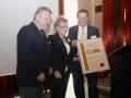 Manfred Handke und Marianne Urfey küren Peter Bernreiter zum neuen WIR-Ehrenmitglied