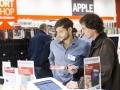 Auf Verkäufer im klassischen Sinne trifft man bei Cyberport nicht. Technikberater begleiten den Kunden bei seiner Auswahl.