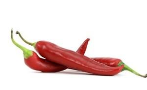 Chili wärmt von innen und hilft gegen schlechte Stimmung an trüben Tagen. (Bild: w.r.wagner / pixelio.de)