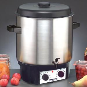 Nicht nur zum Gemüse und Obst einkochen, sondern auch zum glühweinkochen und Suppenwarmhalten: Der Rommelsbacher Einkochautomat KA 2004/E kommt mit Zapfhahn.  (Bild: Rommelsbacher)