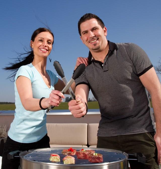 Wer grillt besser - Männer oder Frauen? (Bild: Grill-Giganten)