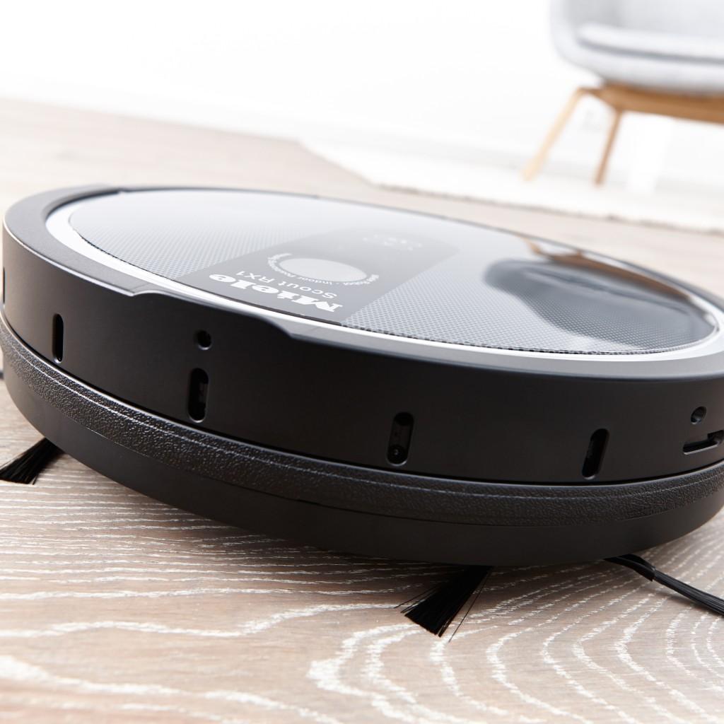 miele staubsauger roboter scout rx1 automatische jagd nach schmutz und kr meln. Black Bedroom Furniture Sets. Home Design Ideas