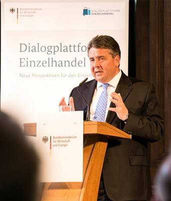 """Wirtschaftsminister Sigmar Gabriel hielt die Eröffnungsrede zur """"Dialogplattform Einzelhandel"""". Foto: BMWi"""