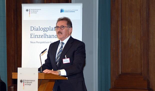 """Josef Sanktjohanser, Präsident des Handelsverbandes Deutschland, sprach zum Thema """"Handel neu denken - Chancen und Risiken des Strukturwandels im Handel"""". Foto: BMWi"""