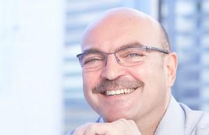 """Franz Schnur, Geschäftsführer telering: """"Unsere Kampagne macht die Schwächen des Online-Handels deutlich."""""""
