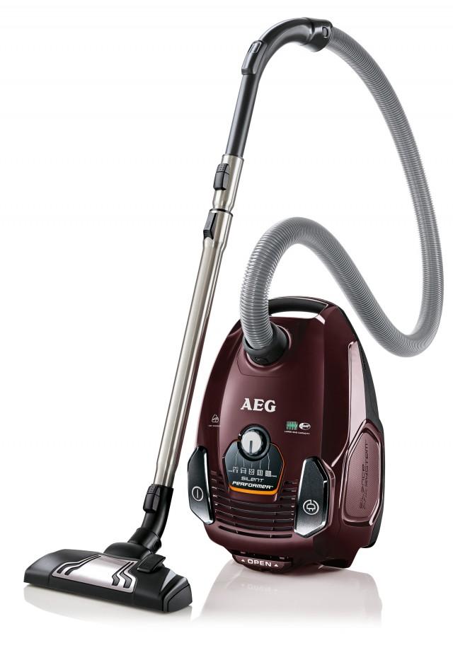 AEG Staubsauger SilentPerformer Allergy&Animal Care ASP7150 besondes für Teppichböden geeignet.
