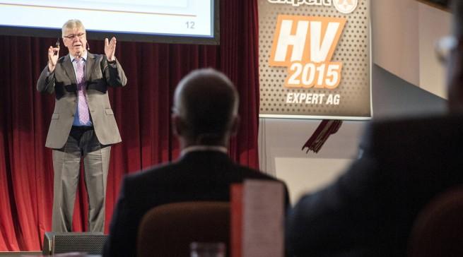 """""""Die Prognosen für das laufende Geschäftsjahr sind durchaus zufrieden stellend"""", expert Vorstandsvorsitzende Volker Müller."""