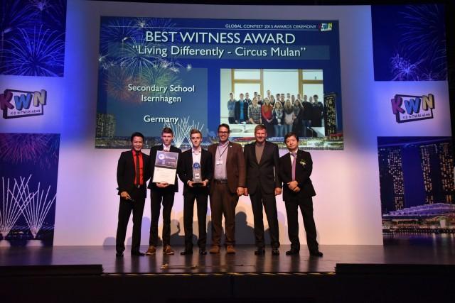 """Schüler der Realschule Isernhagen (Hannover) haben mit ihrer Dokumentation """"Circus Mulan"""" den Preis in der Kategorie """"Best Witness"""" gewonnen."""