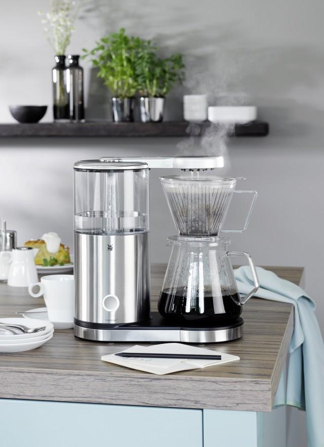 Die WMF AromaMaster Kaffeemaschine mit Glaskanne