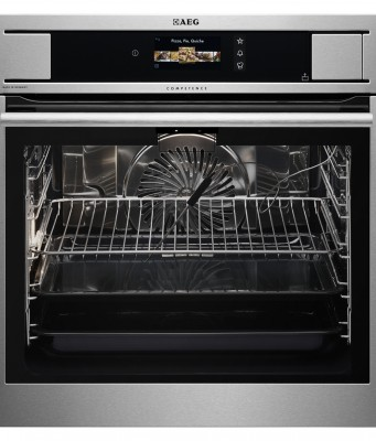 AEG Backofen ProCombi Plus Smart mit CookView-Kamera.