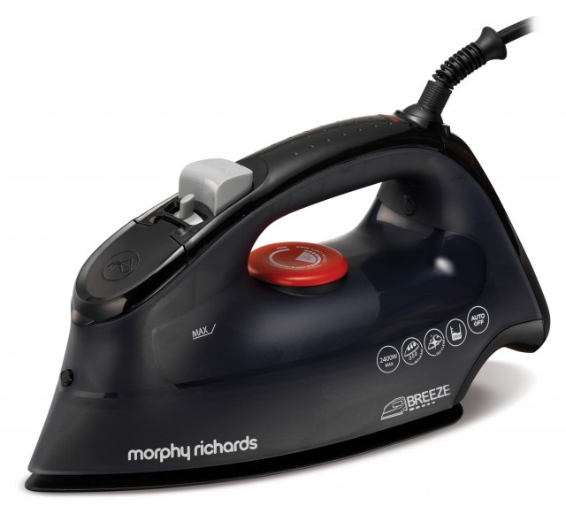 Morphy Richards Bügeleisen Breeze mit Twin-Steam-Technologie.