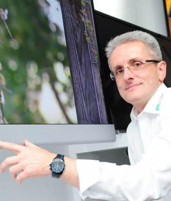 Klaus-Dieter Müller bietet Top-Technik und Premium-Marken, die für den Kunden erlebbar gemacht werden.