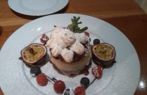 """Leckere Desserts zum Fest: """"Bauli"""" Weihnachtskuchen mit Früchten (Bild: di)"""