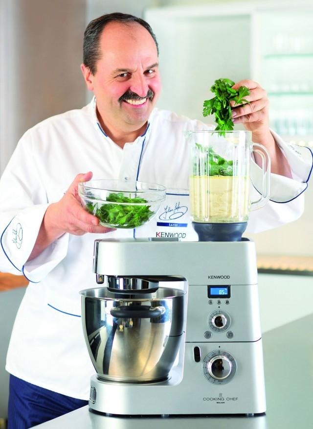 Küchenchefs unter sich: Johann Lafer und die Cooking Chef KM096.