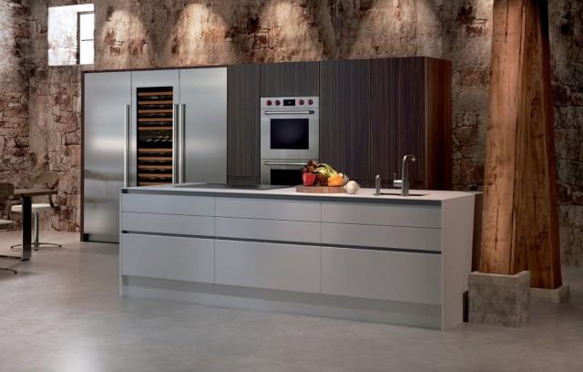 Die Sub-Zero Geräte integrieren sich in jedes Küchendesign durch ihre reduzierte, klare Formensprache.