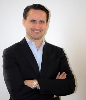 Daniel Schröder verantwortet die Geschäftsführung von KitchenAid im Bereich der Elektrokleingeräte für die EMEA-Region.