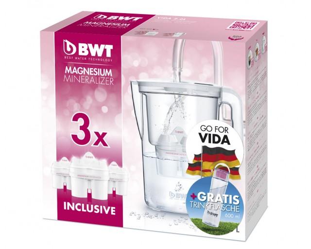 """Das Special Pack von BWT beinhaltet den Magnesium Mineralizer VIDA, drei Filterkartuschen und eine """"On-the-Go-Bottle""""."""