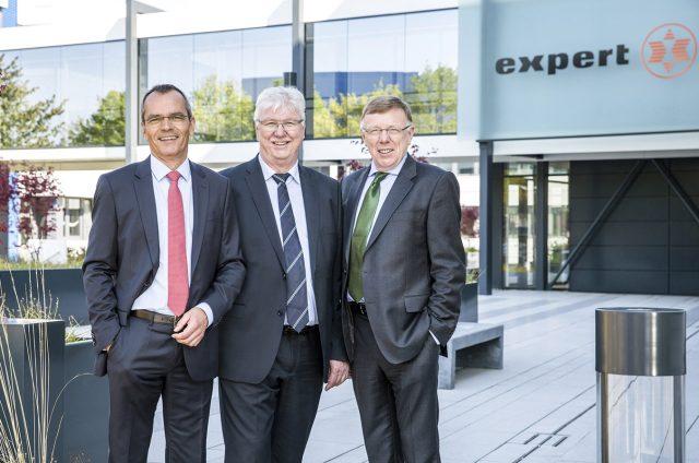 Der expert-Vorstand zog in Hannover Bilanz: (v.l.n.r.) Dr. Stefan Müller (Vorstand), Volker Müller (Vorstandsvorsitzender) und Gerd-Christian Hesse (Vorstand).