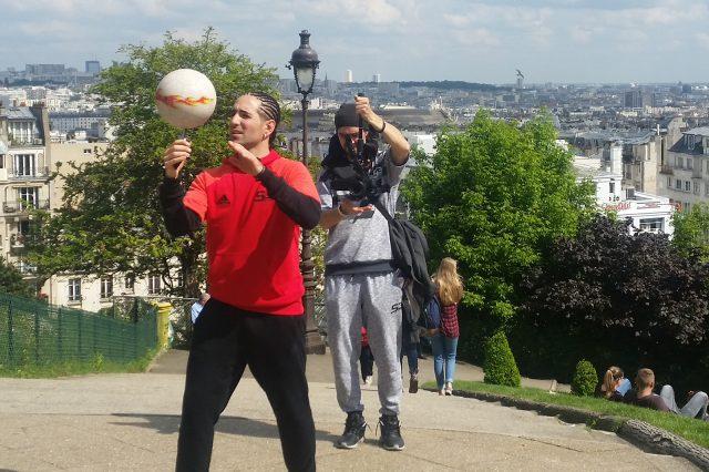 Freestyler Sean Garnier kickte während der EM für Hisense.