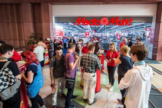 Herzlich Willkommen! Am Montag vergangener Woche (wieder)eröffnete Media Markt in Berlin am Alexanderplatz seine modernste Filiale.