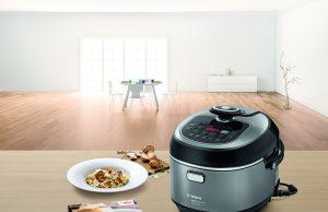 Ein Alleskönner mit 50 Automatikprogrammen: Mit dem Multikocher AutoCook von Bosch hat jeder das (Rüst-)Zeug zum Küchenchef.