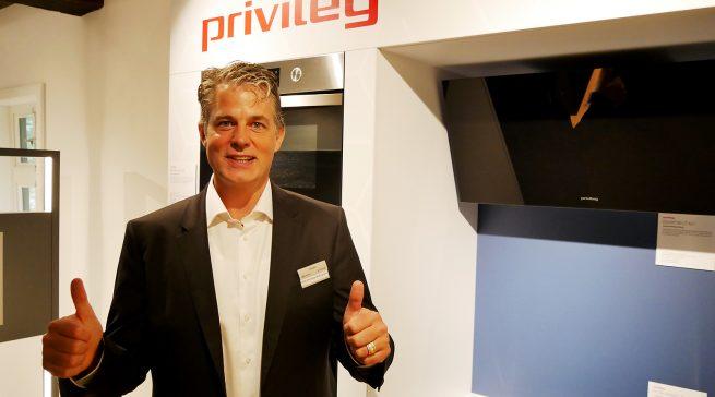 Die Markenbekanntheit, Markenpräferenz und Kaufbereitschaft sind für Jens-Christoph Bidlingmaier ein Beleg für die Kraft von privileg.