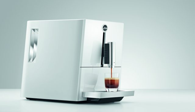 Der JURA Kaffeevollautomat A1 in Pinao-White