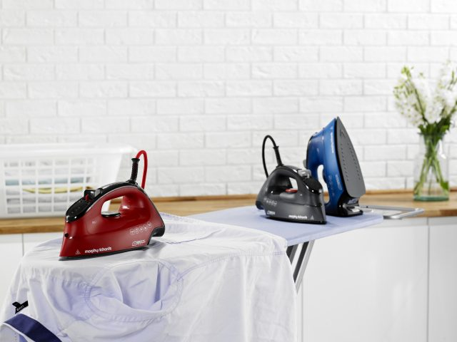 Die Morphy Richards Dampfbügeleisen Breeze