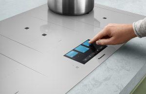 Panasonic Induktionskochfeld Achatgrau mit Genius Sensor.