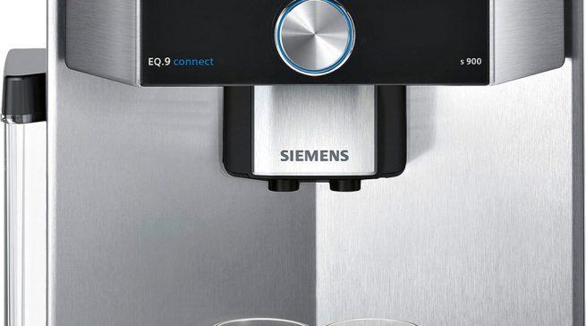 Der Vollautomat EQ.9 connect von Siemens ist vernetzt und lässt sich bequem per App steuern.