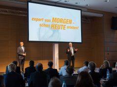 Vorstandsvorsitzender Volker Müller (r.) und Vorstand Dr. Stefan Müller (li.) blicken voller Optimismus auf das bevorstehende Weihnachtsgeschäft.