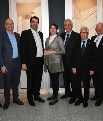Michael Berz, Hermann Hutter, Gerald Funk, Christina van Dorp, Claus Franzen, Thomas Grothkopp, Carl Reckers, Stefan Storch (v.l.).