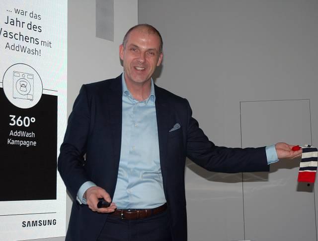 """Alexander Zeeh, Director Home Appliances Samsung Electronics: """"Samsung bewegt sich mit den globalen weiße Ware Marken auf Augenhöhe."""""""