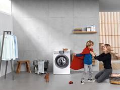 Jede Menge Bestnoten: Panasonic Waschmaschine NA-168ZS1.