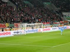 Auch wenn der Start nach der Winterpause letzten Samstag gründlich daneben ging: Die expert TechnoMarkt Gruppe und der FC Augsburg bilden ein starkes Team.