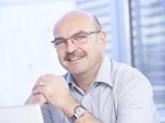 """""""Unsere Fachhändler können im Super-Wahljahr kräftig mitmischen"""", Franz Schnur, telering-Geschäftsführer."""