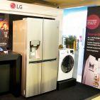 Bei Hausgeräten setzt LG seinen Fokus auf den Ausbau seiner Centum Produktlinie und führt den Waschtrockner F 16F9 BDH2 NH Centum ein. Dieser ist mit einem speziellen Aufhängungs- und Dämpfungssystem für weniger Vibrationen ausgestattet.